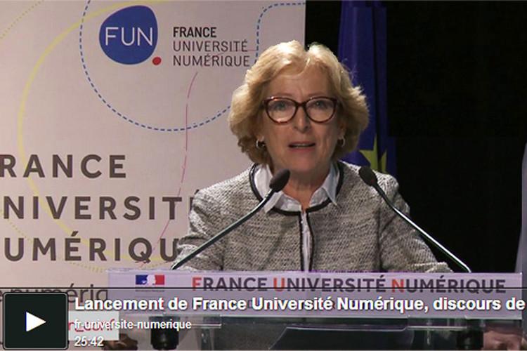 Le 2 octobre 2013, Geneviève Fioraso a dévoilé France Université Numérique, le plan numérique pour l'enseignement supérieur