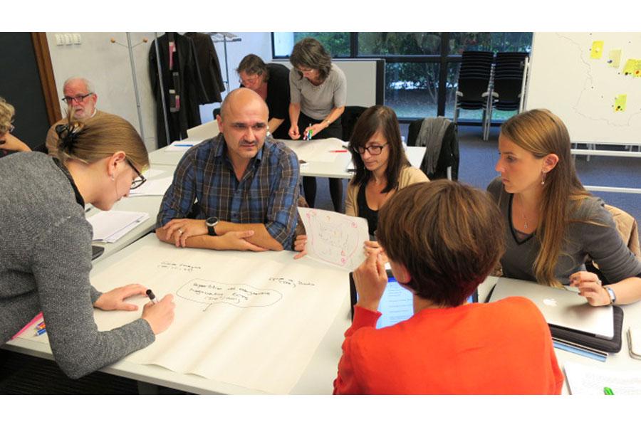 Formation IFÉ sur l'approche-programme et l'approche par compétences dans...