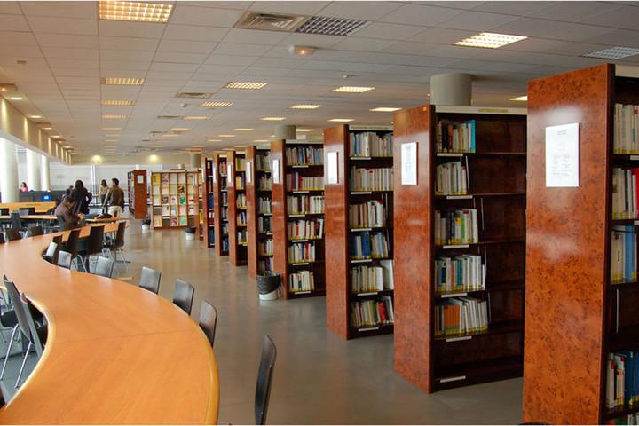 Explorez les guides thématiques de la Bibliothèque universitaire