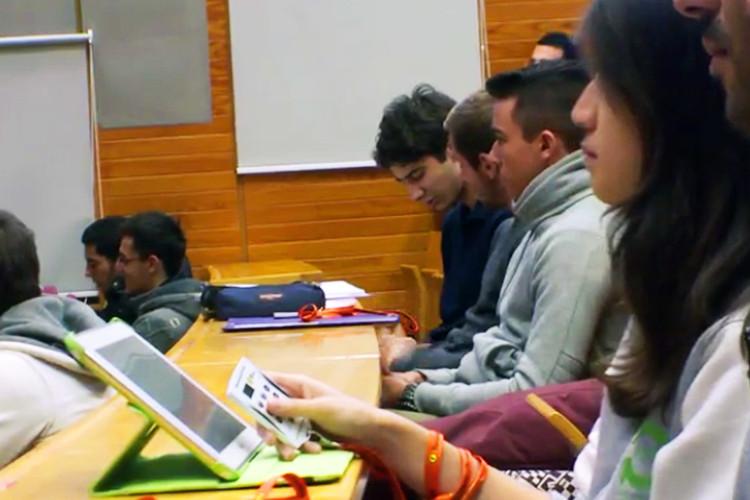 Pédagogie inversée : exemple en électromagnétisme à Université Nice Sophia Antipolis