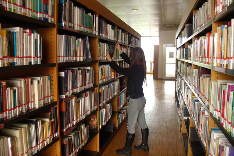 Bibliothèque Universitaire Paris 8