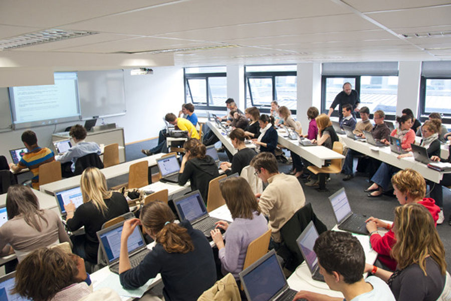 Les 4 ambitions pour le numérique dans l'enseignement supérieur